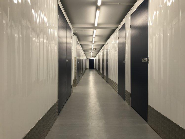 Watford Self Storage a storage company in Self Storage, Vale Industrial Estate, Tolpits Lane, Herts Wd18 9qp, Watford, UK