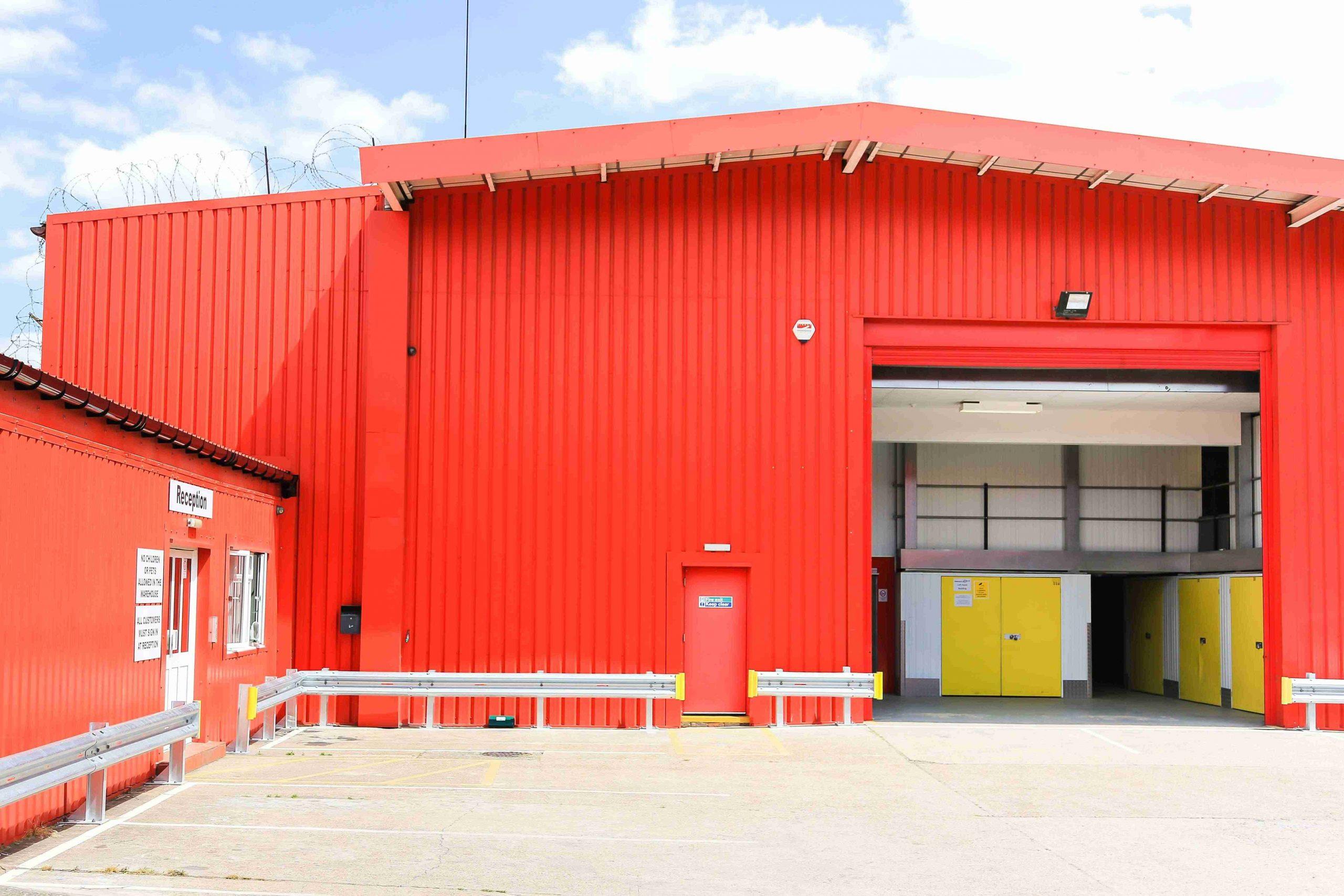 Henfield Storage - Southwark a storage company in Record Street, London, UK