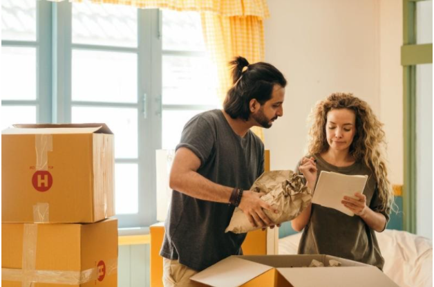 dealing with contracts when moving house