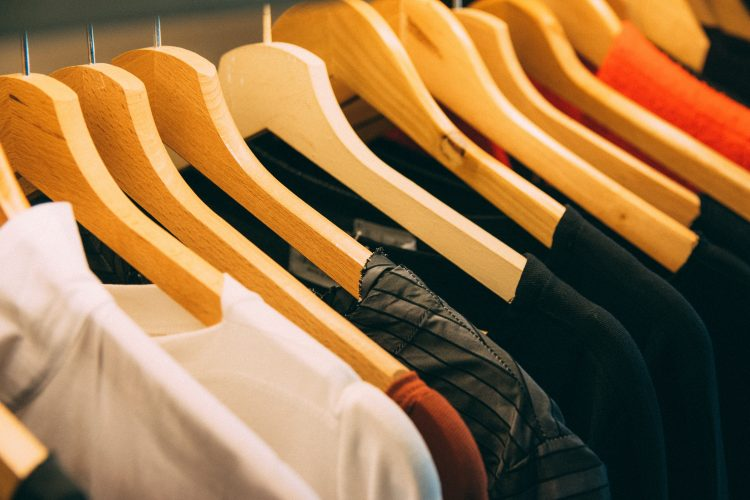 hanging clothes wrinkle free